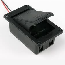 BT8 9 Volt Flat Mounted Battery Box