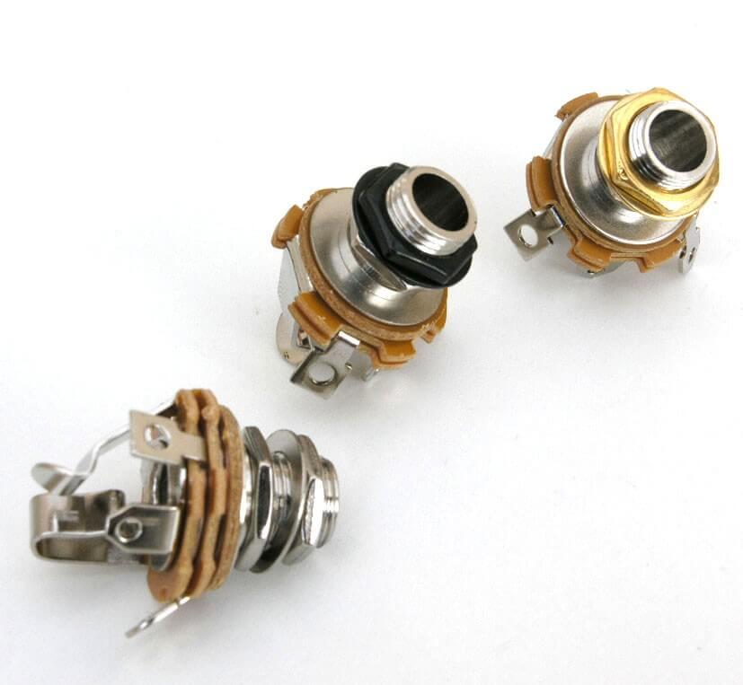 E16 Stereo Input Socket